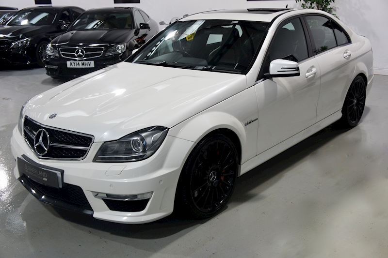 Mercedes-Benz C63 - Large 2