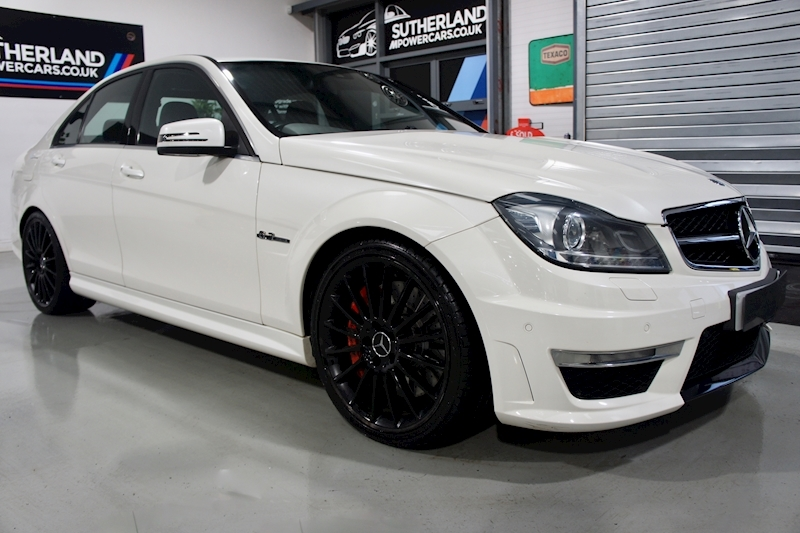 Mercedes-Benz C63 - Large 7