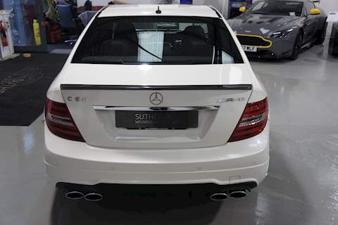 Mercedes-Benz C63 - Large 12