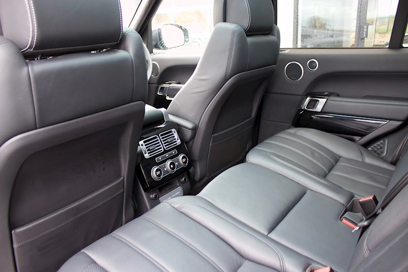 Land Rover Range Rover - Large 21