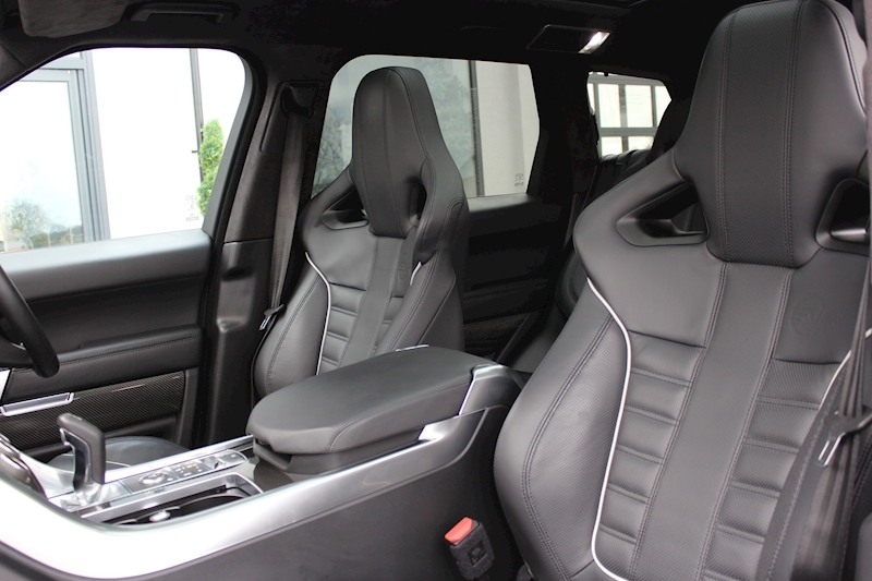 Land Rover Range Rover Sport - Large 23