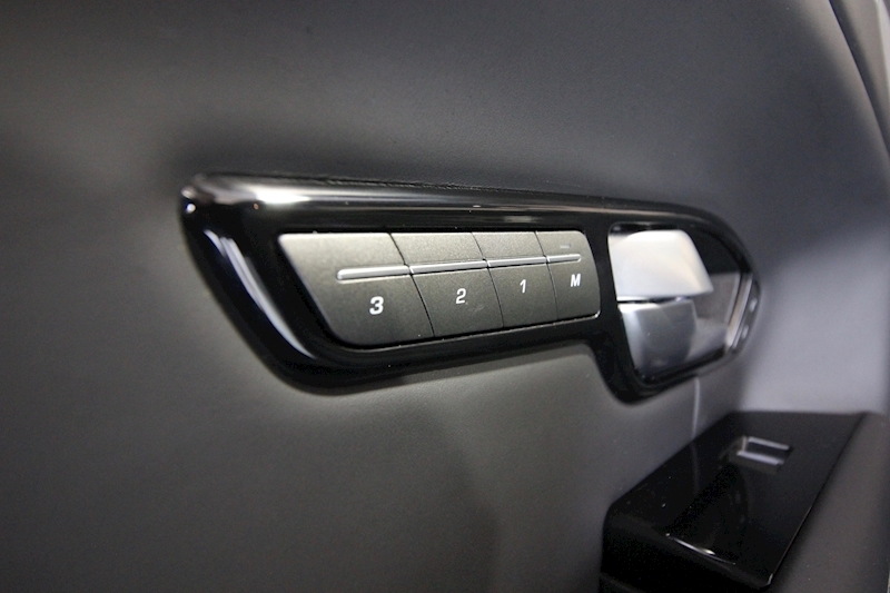 Land Rover Range Rover Evoque - Large 33