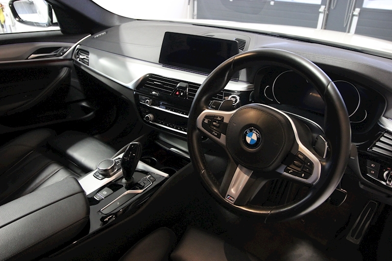 BMW 5 Series - Large 24
