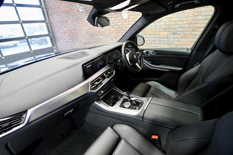BMW X5 Series - Large 19
