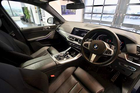 BMW X5 Series - Large 23