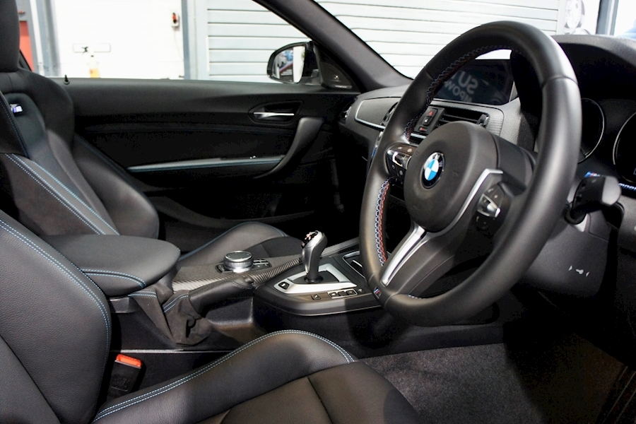 Bmw M2 Competition - Large 24