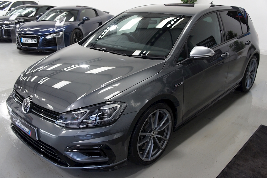 Volkswagen Golf R Tsi - Large 3