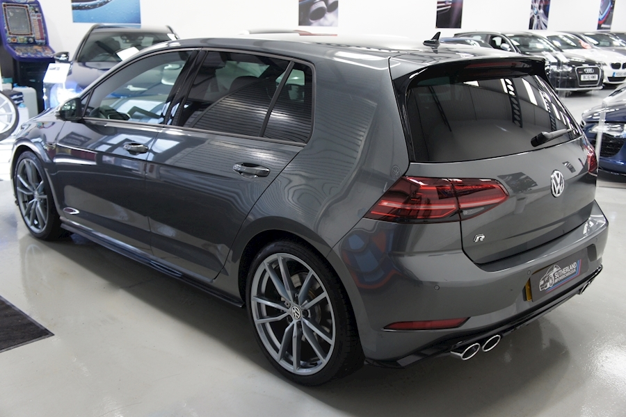 Volkswagen Golf R Tsi - Large 15
