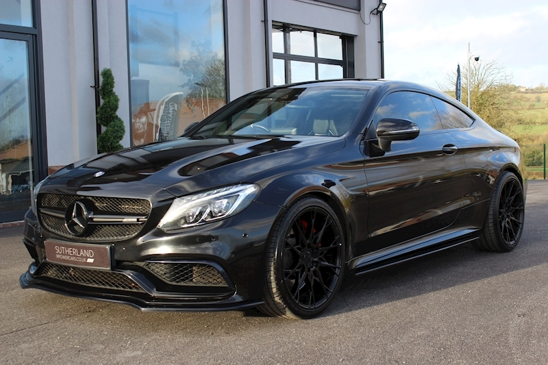 Mercedes-Benz C63 - Large 5