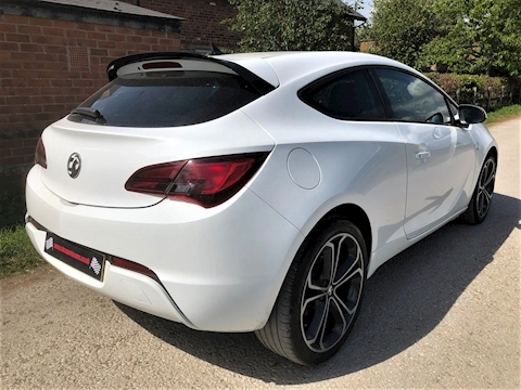 Astra Gtc Limited Edition S/S Hatchback 1.4 Manual Petrol