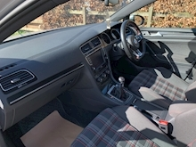 Volkswagen Golf 2.0 - Thumb 25