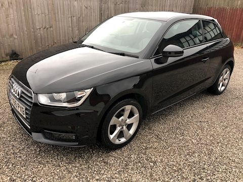 A1 Sport Hatchback 1.0 Manual Petrol
