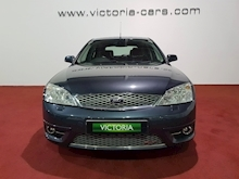 Ford Mondeo St 220 - Thumb 2