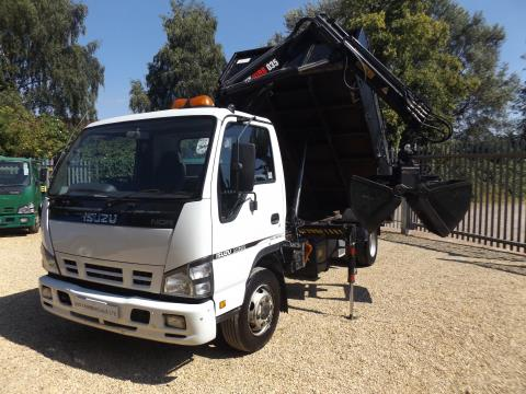 Isuzu Truck Nqr Tipper with Crane and Bucket Grab - 7.5T