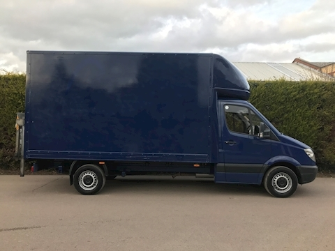 Mercedes Sprinter 313 Cdi Luton Van Tail Lift