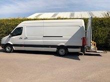 2010 Volkswagen Crafter CR35 2.5 LWB PANEL VAN - AUTOMATED TUCKAWAY TAIL LIFT - Thumb 0
