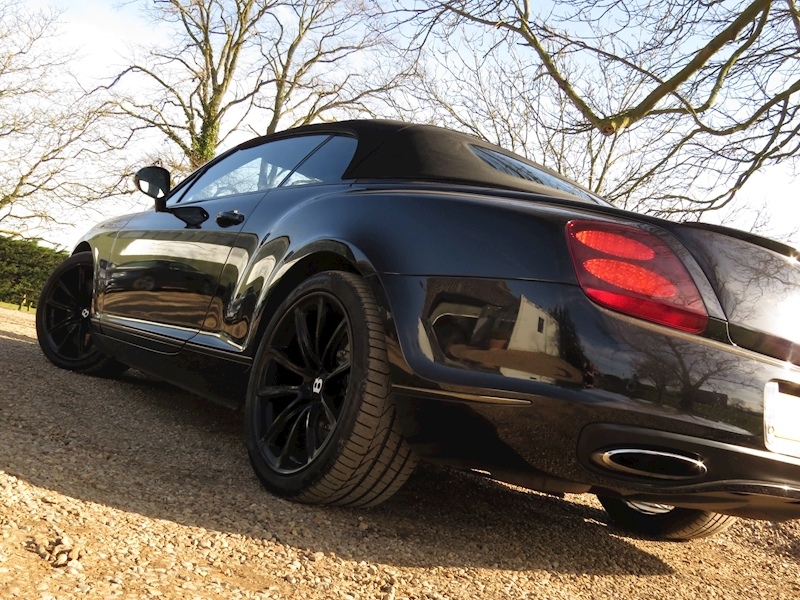 Bentley Continental Supersports - Large 14