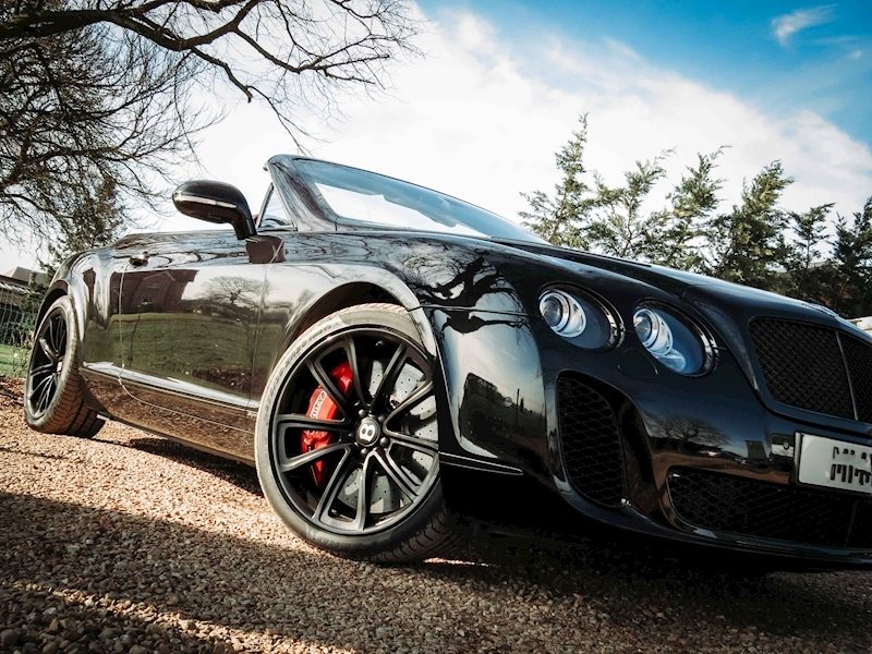 Bentley Continental Supersports - Large 3
