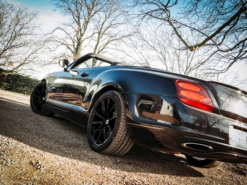 Bentley Continental Supersports - Large 21