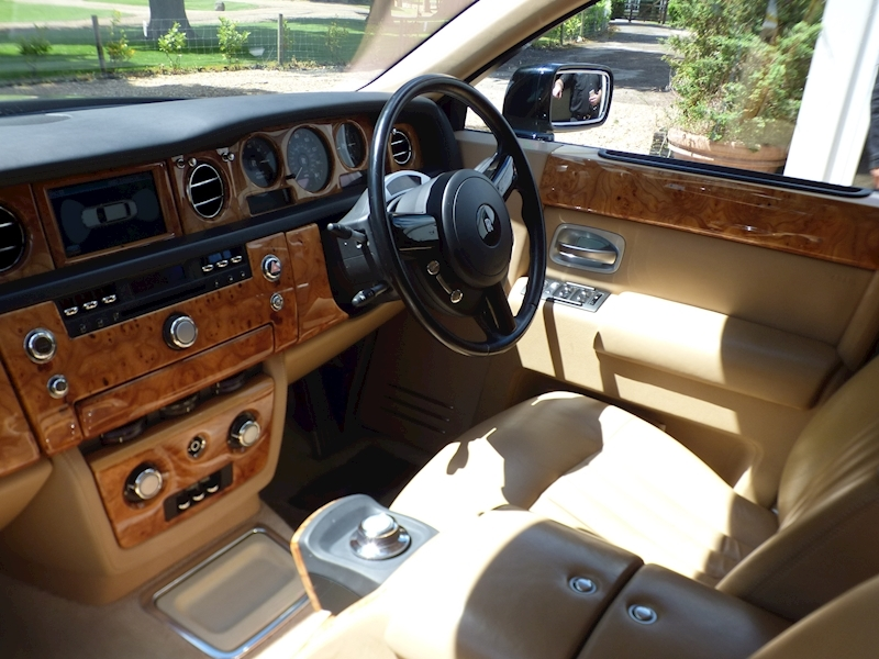Rolls Royce Phantom V12 - Large 21