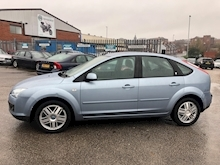 Ford Focus 1.6 2005 - Thumb 3
