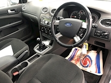 Ford Focus 1.6 2005 - Thumb 13