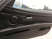 Bmw 3 Series 4.0 2009 - Thumb 22