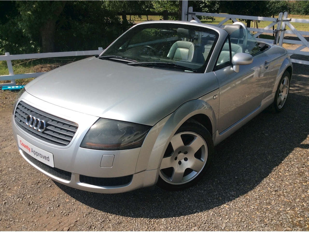TT Roadster Quattro (225Bhp) 1.8 2dr Convertible Manual Petrol