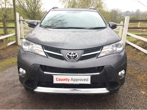 Rav4 D-4D Invincible Estate 2.2 Manual Diesel