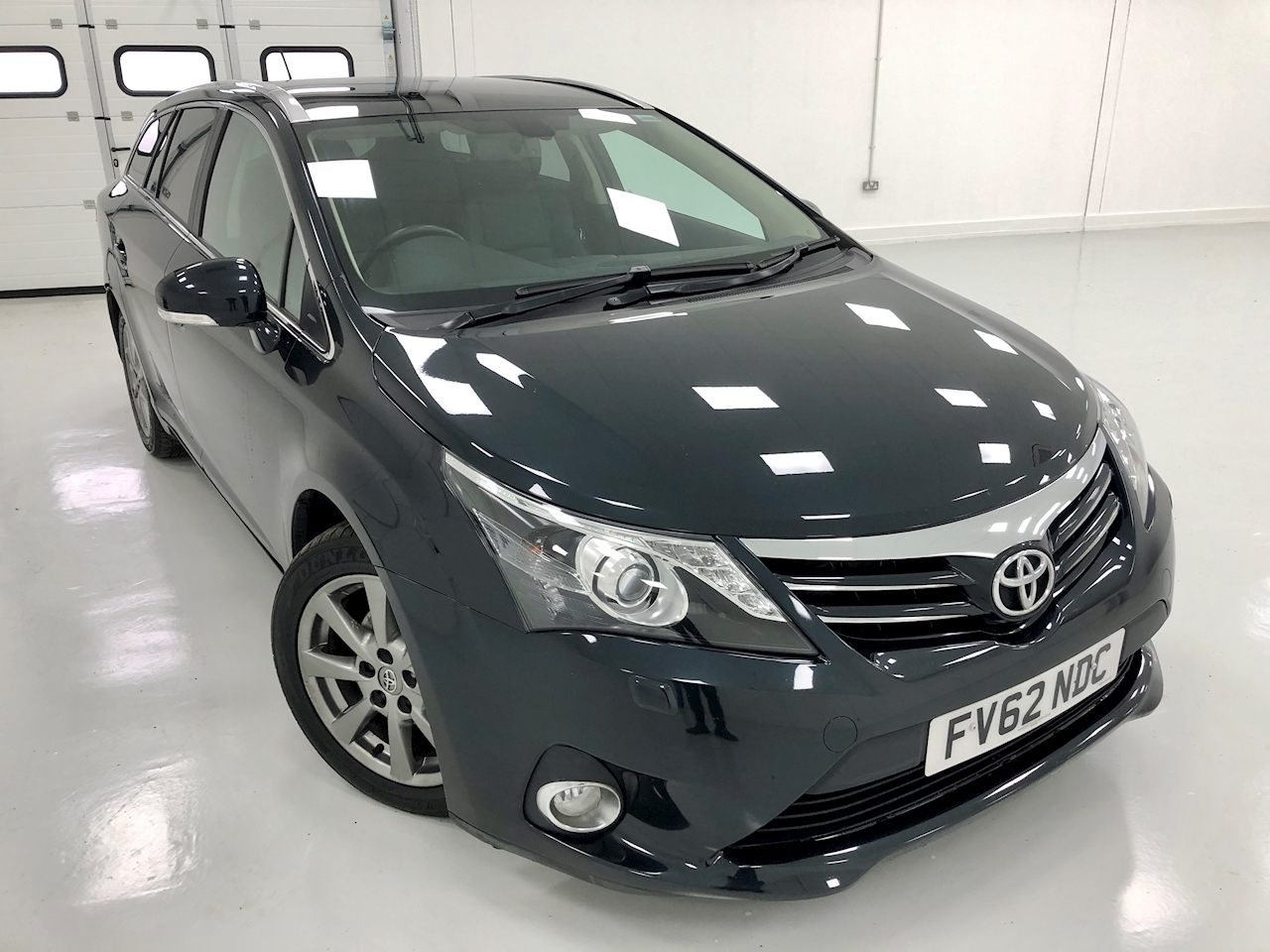 Toyota Avensis D-4D T Spirit Estate 2.0 Manual Diesel