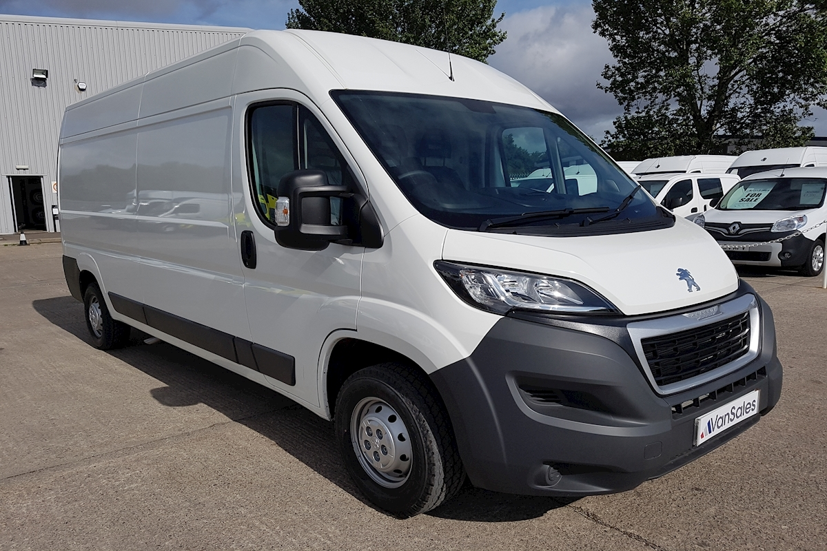 used peugeot boxer l3 h2 335 2 0hdi 130ps professional lwb 2018 van sales uk bristol. Black Bedroom Furniture Sets. Home Design Ideas