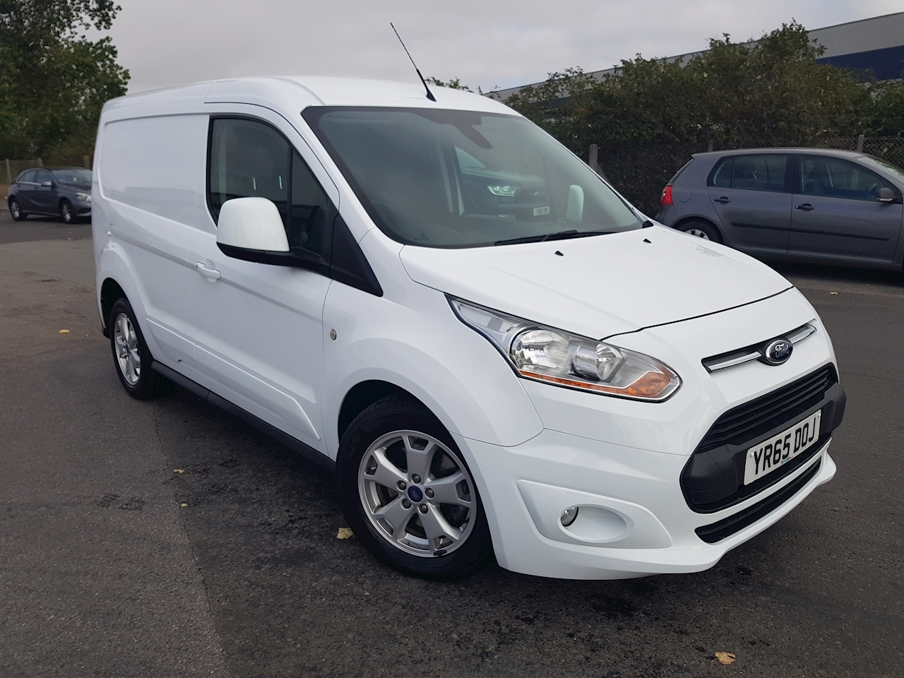 Ford Transit Connect 200 L1 1.6 TDCi 115ps Limited Van DIESEL
