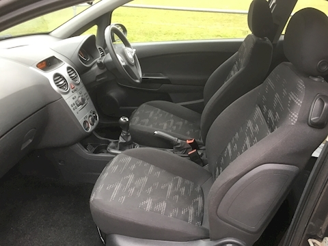 Corsa Exclusiv Ac 1.4 3dr Hatchback Manual Petrol