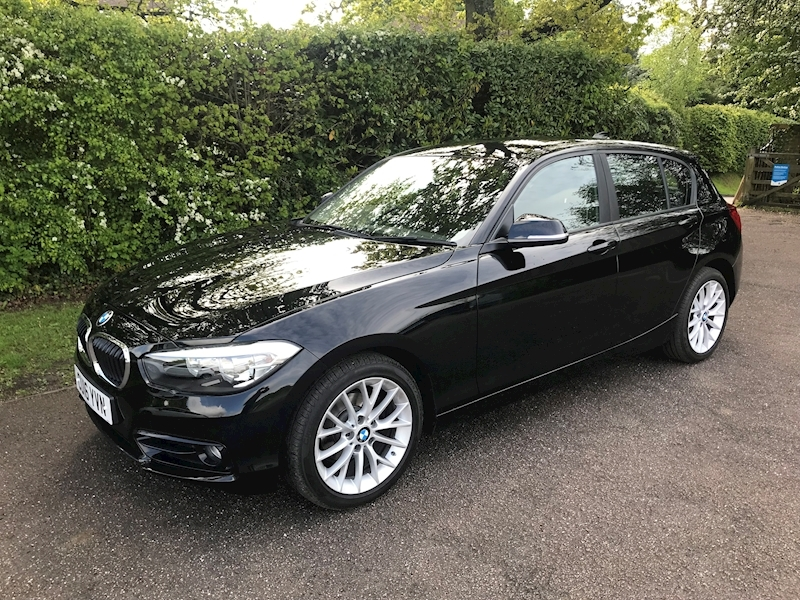 1 Series 118I Sport Hatchback 1.5 Manual Petrol