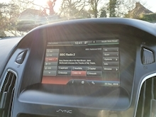 Ford Focus Zetec - Thumb 16