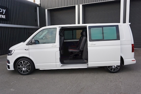 Transporter T32 2.0TDi 204PS DSG Highline 4Moton BMT Combi Van in White