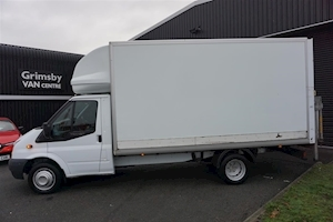 Transit 350 2.2TDCi 150ps LWB EF Luton Box Van in White with Tail Lift