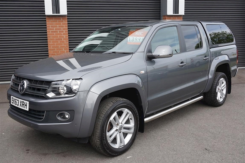 Amarok Highline 4Motion 2.0TDi 180ps 4dr Pick-Up in Grey with Rear canopy