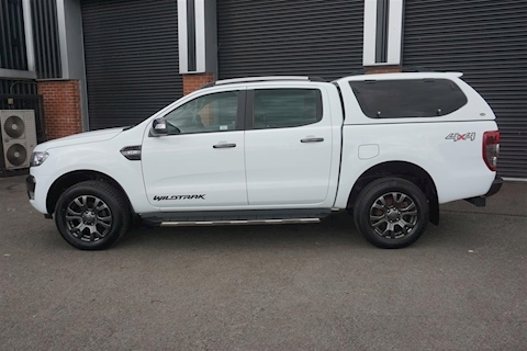 Ranger Wildtrak 3.2TDCi Double Cab 4WD Pick-Up in White with Rear Canopy