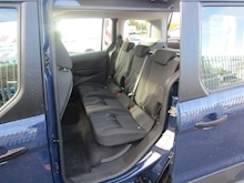 Ford Tourneo Connect Zetec Tdci - Thumb 15