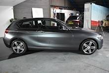 BMW 1 Series 1.6 118i Sport 3 door - Thumb 7