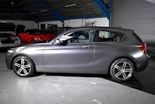 BMW 1 Series 1.6 118i Sport 3 door - Thumb 12