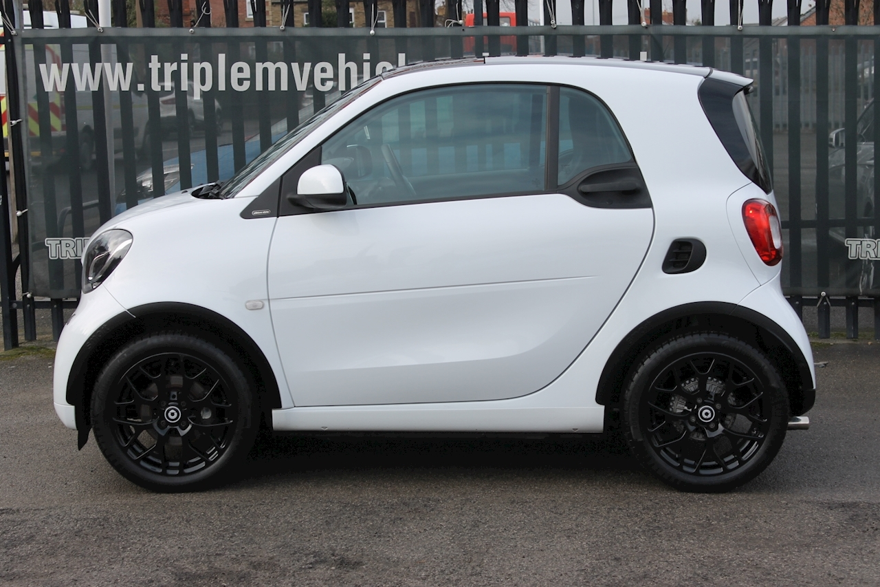 Smart 1.0 Edition White Coupe 2dr Petrol (s/s) (71 ps)
