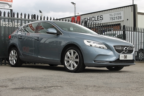 V40 T3 Inscription Hatchback 1.5 Automatic Petrol