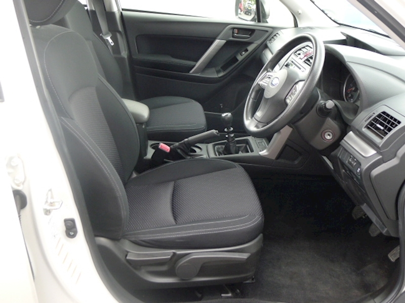 Subaru Forester D S Image 17