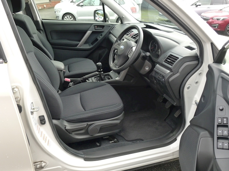 Subaru Forester D S Image 7