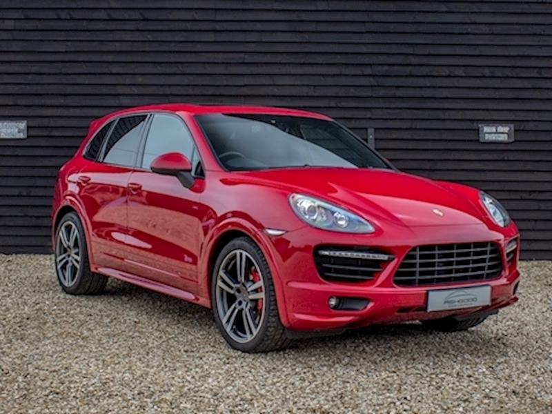 (DUE IN) 2012 Porsche 4.8 Cayenne GTS