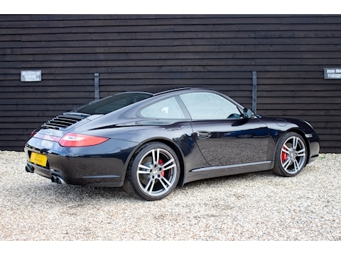 (55) 2010 Porsche 997.2 Carrera C4S Manual