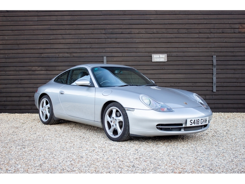 (54) 1999 Porsche 996 Carrera Coupe Manual