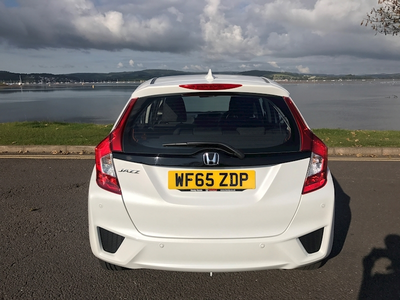 Honda Jazz SE CVT 1.3 - Large 4
